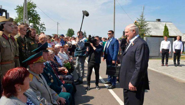 Лукашенко объяснил, почему 100 лет назад Беларусь была меньше
