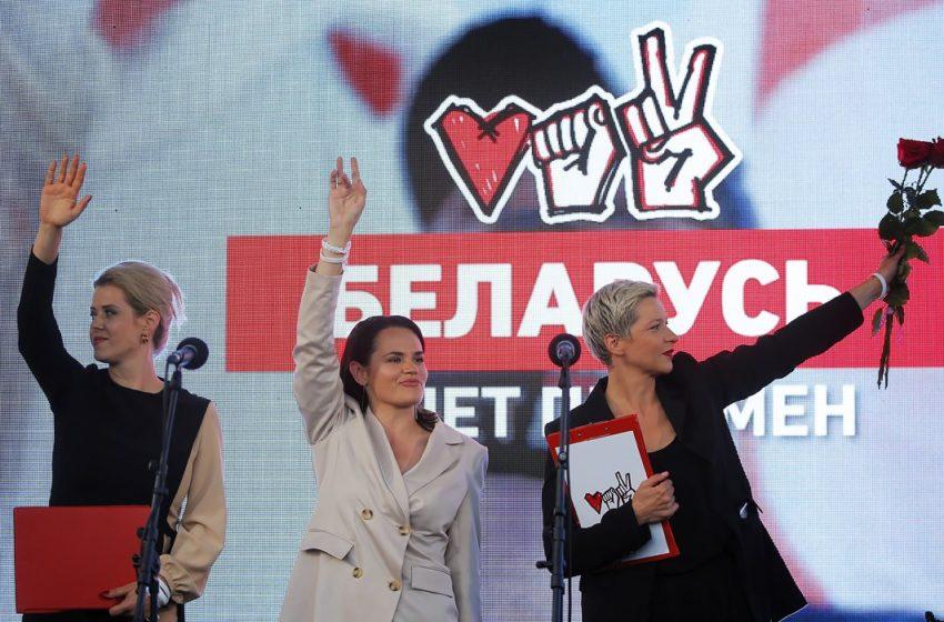 Слезы и ожидание перемен: встреча оппонентов Лукашенко с избирателями