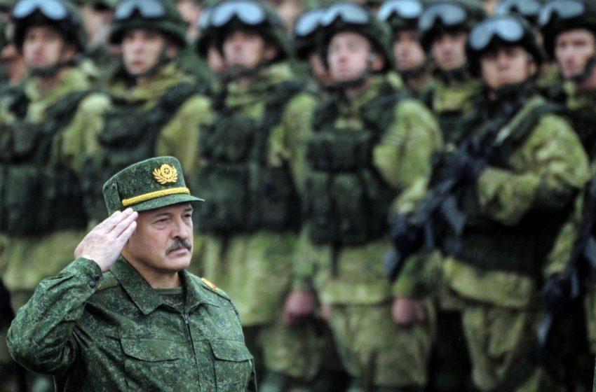 Первая встреча. Американский полпред пообщался с белорусскими военными
