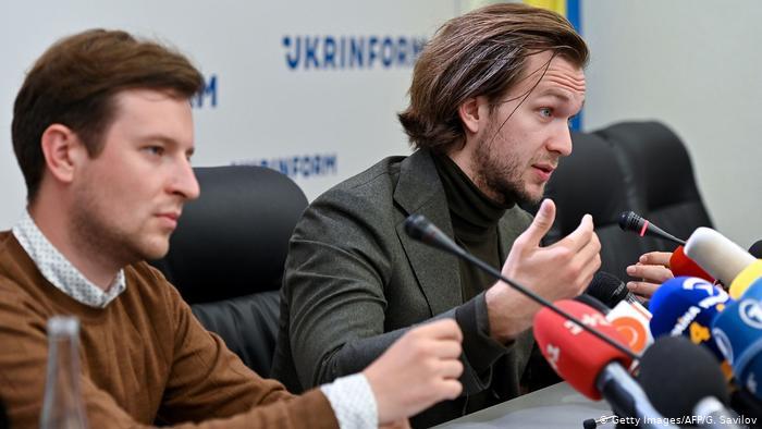 Двоих белорусских «беглецов»-оппозиционеров хотят выдать России