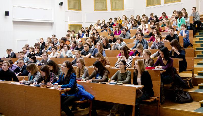 Первый пошел. Как «плачут» отчисляемые из вузов Беларуси студенты
