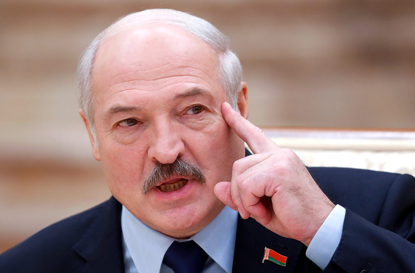 Речь Лукашенко на собрании по поводу нового праздника. Поляки в бешенстве