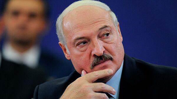 Хоккей, блины и шпиц на столе. Интервью Лукашенко «России 1»