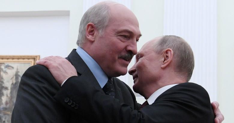 «Плата за труд». Что Лукашенко должен Путину за собственную безопасность
