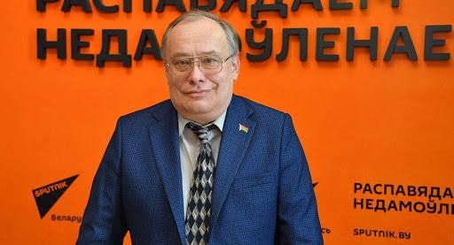 Оппозиция РБ «наступает на грабли», считает политолог Николай Межевич
