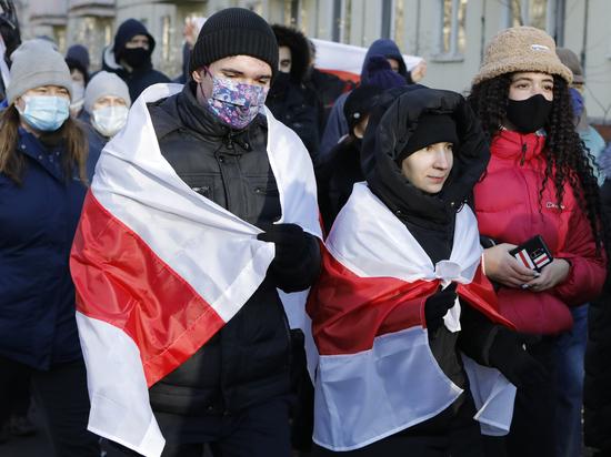 О протестах, Лукашенко и аналогиях между Беларусью и Россией. Мнение Котова