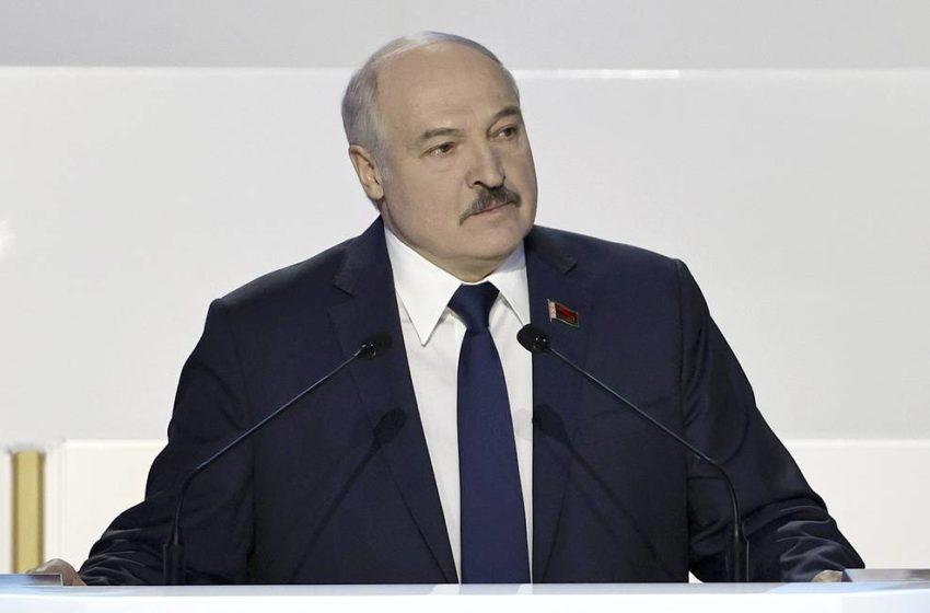 Неужели он согласился? Лукашенко объявил, что готов на досрочные выборы