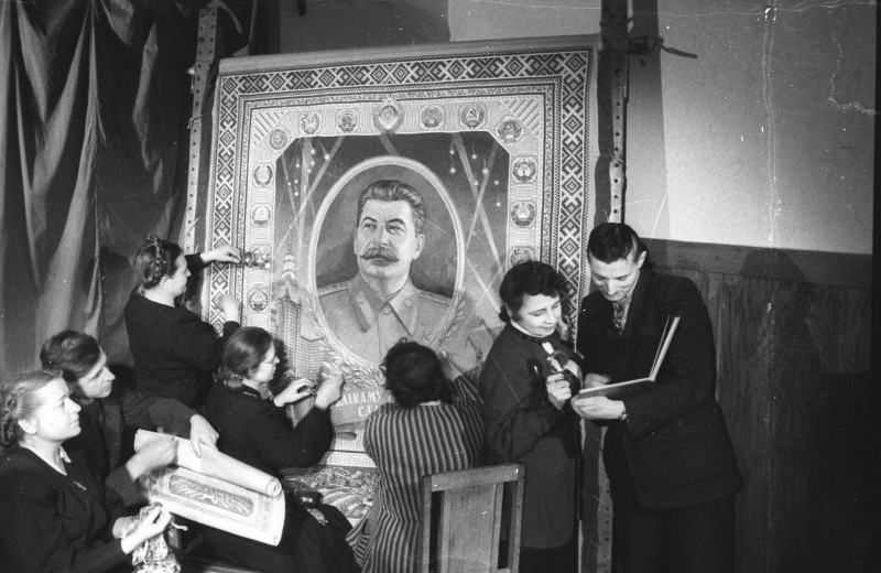 Белорусы обязаны Сталину целостностью своих земель. Только факты