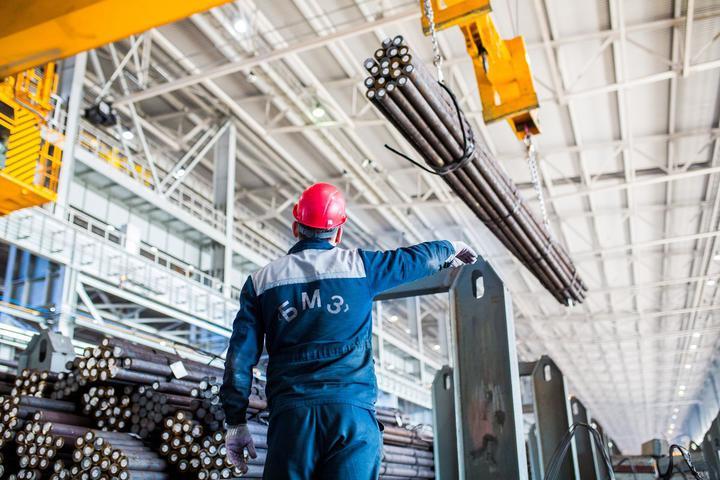 Работники БМЗ переживают в связи с запуском евросанкций. Не будет ни заказов, ни зарплаты